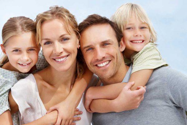¡Este verano sonríe con confianza! 70% de descuento con Plan en Estética Dental
